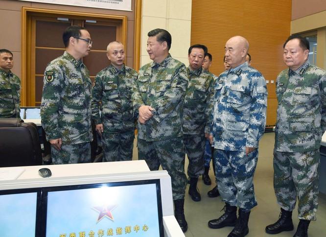 """Tướng diều hâu PLA La Viện tuyên bố: """"Trung Quốc trỗi dậy cần có gậy đánh chó hạng nhất"""" ảnh 1"""