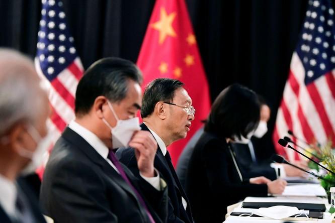 Kết thúc buổi họp đầu tiên Đối thoại Mỹ - Trung: Bắc Kinh phê Washington không biết cách tiếp khách ảnh 2