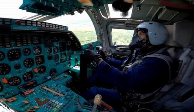 Tai nạn hy hữu, 3 phi công chiến đấu Nga thiệt mạng vì bị phóng ra khi máy bay còn trên mặt đất ảnh 4