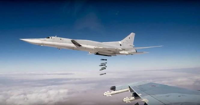 Tai nạn hy hữu, 3 phi công chiến đấu Nga thiệt mạng vì bị phóng ra khi máy bay còn trên mặt đất ảnh 3