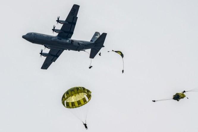 Mỹ - Nhật tăng cường hợp tác quân sự đối phó Trung Quốc, Bắc Kinh phản ứng ảnh 2