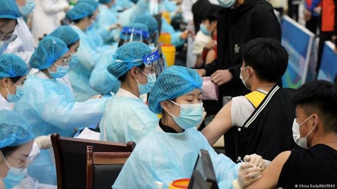 Lùm xùm quanh vụ Giám đốc CDC Trung Quốc thừa nhận vaccine ngừa COVID-19 Trung Quốc hiệu quả kém ảnh 1