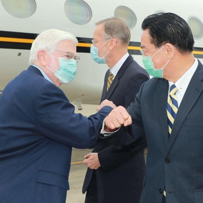 Đoàn đại biểu của ông Biden tới Đài Loan, Bắc Kinh giận dữ phản kháng ảnh 1