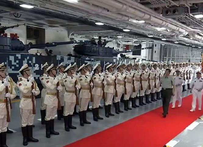 Khám phá tàu tấn công đổ bộ Hải Nam được truyền thông Trung Quốc hết lời ca ngợi ảnh 9