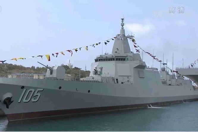 Giải mã ý đồ của Trung Quốc khi cùng lúc đưa vào biên chế 3 chiến hạm hiện đại nhất ảnh 2