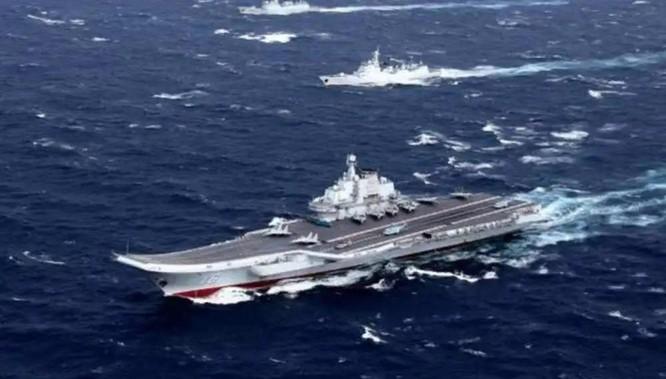 Báo Trung Quốc tố tàu chiến Mỹ đi lẫn vào đội hình biên đội tàu Liêu Ninh để khiêu khích ảnh 1