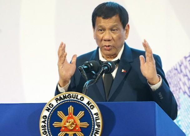 Tổng thống Philippines Duterte: cám ơn Trung Quốc cho vaccine nhưng không nhân nhượng về biển đảo ảnh 1