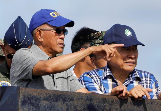 Tổng thống Philippines Duterte: cám ơn Trung Quốc cho vaccine nhưng không nhân nhượng về biển đảo ảnh 4