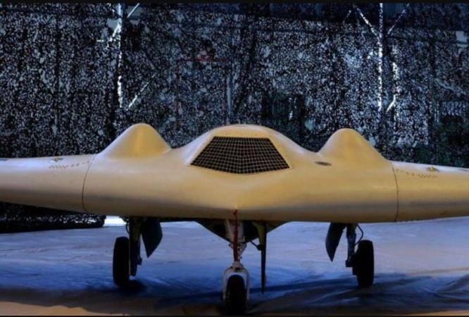 Từ đoạn video gây rúng động, giải mã khả năng và sức mạnh của phi đội UAV của Iran ảnh 5