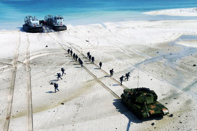 """Tướng Nhật Bản: Trung Quốc đã phát động một cuộc """"chiến tranh hỗn hợp"""" chống lại Đài Loan ảnh 4"""