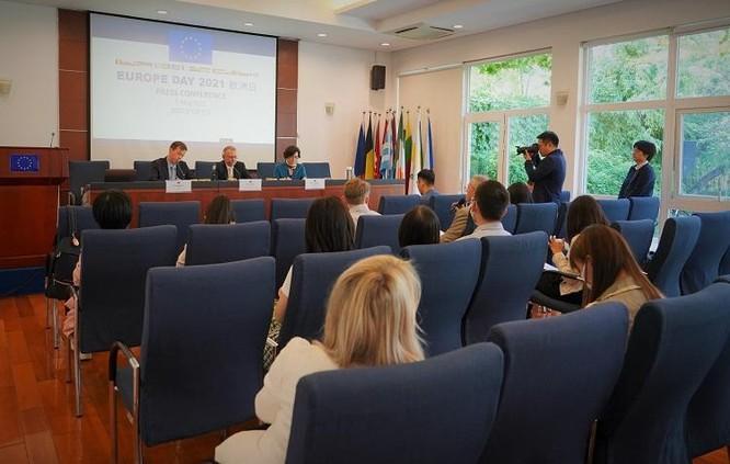 Đại sứ Liên minh châu Âu tại Bắc Kinh Nicolas Chapuis: bất đồng quan điểm hai bên ngày càng tăng ảnh 1
