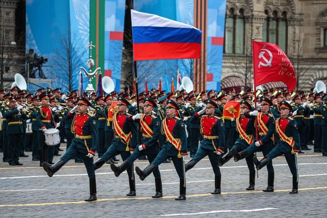Khám phá các vũ khí, khí tài quân sự Nga xuất hiện trong cuộc duyệt binh ngày 9/5 ảnh 1