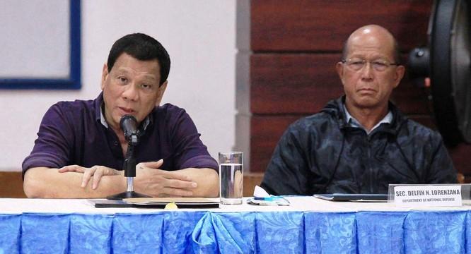 """Hai phe Tổng thống và Phó Tổng thống Philippines khẩu chiến về """"ai dâng lãnh thổ cho Trung Quốc"""" ảnh 4"""