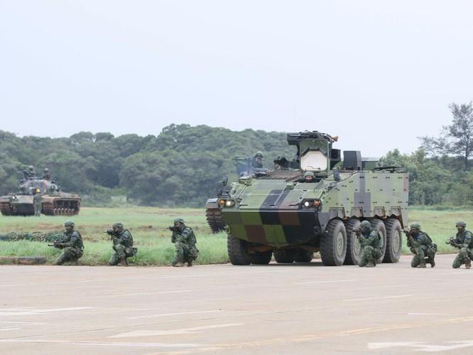 Xôn xao vụ tình cờ lộ tin quân đội Mỹ đã bí mật vào đóng ở Đài Loan ảnh 1