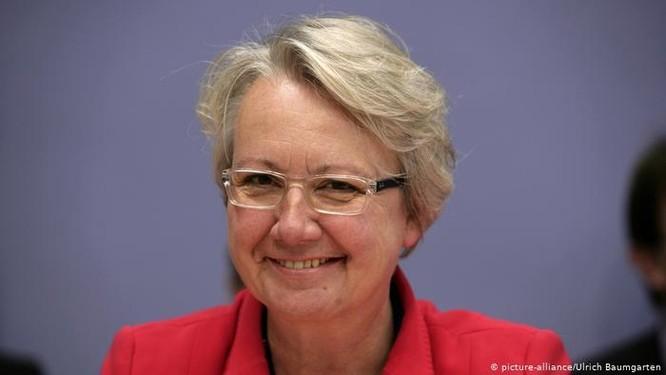 Nhiều bộ trưởng và chính trị gia Đức mất chức vì gian lận bằng cấp ảnh 1