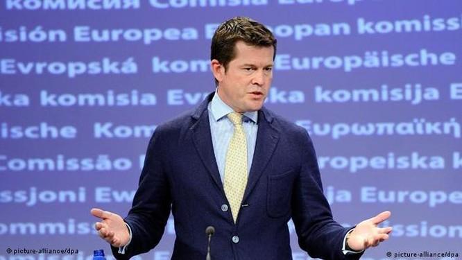 Nhiều bộ trưởng và chính trị gia Đức mất chức vì gian lận bằng cấp ảnh 2