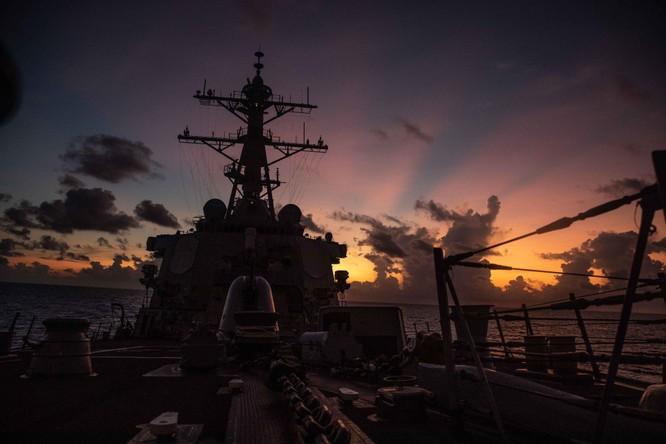 Mỹ cho tàu chiến áp sát Hoàng Sa, Trung Quốc nói đã xua đuổi, phía Mỹ bác bỏ ảnh 1