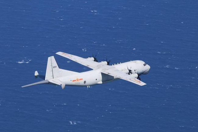 Máy bay quân sự Mỹ - Trung cùng lúc xuất hiện ở không phận Tây Nam Đài Loan ảnh 2