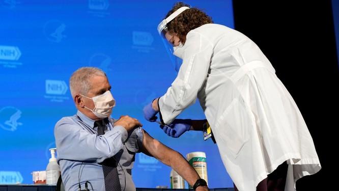 Cố vấn Y tế Tổng thống Biden, chuyên gia Fauci kêu gọi Trung Quốc công khai 9 hồ sơ bệnh án ảnh 1