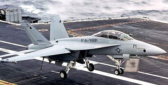 Lần đầu tiên trong lịch sử, Mỹ thử nghiệm thành công dùng UAV tiếp dầu cho máy bay có người lái ảnh 3