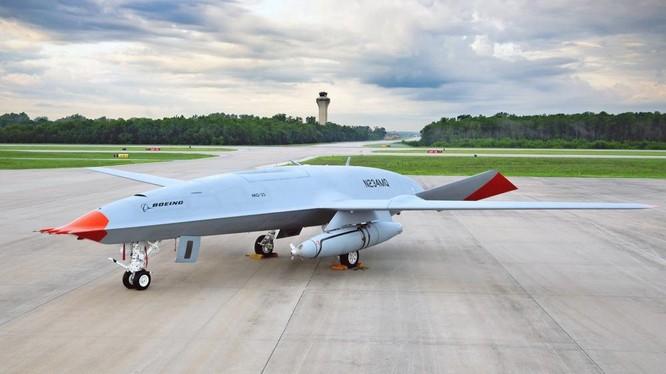 Lần đầu tiên trong lịch sử, Mỹ thử nghiệm thành công dùng UAV tiếp dầu cho máy bay có người lái ảnh 1