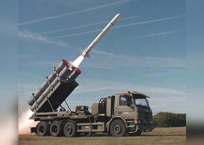 Giữa lúc tình hình hai bên eo biển căng thẳng, Mỹ chính thức bán thêm nhiều vũ khí cho Đài Loan ảnh 1