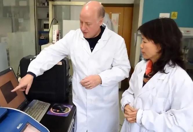 Quan hệ với Viện Virus Vũ Hán, lẩn tránh điều tra về SARS-CoV-2, Peter Daszak bị The Lancet xóa tên ảnh 1