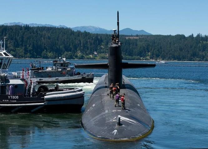 Cuộc đấu quyết liệt dưới đáy đại dương của tàu ngầm chiến lược Mỹ và Nga ảnh 1