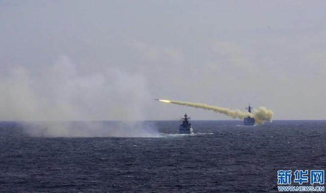 Máy bay quân sự Mỹ liên tiếp hạ cánh xuống Đài Loan, Trung Quốc nổi xung ảnh 4