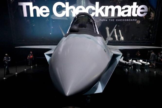 """Chùm ảnh mới được công bố về máy bay chiến đấu tàng hình bí ẩn """"Chiếu tướng"""" của Nga ảnh 4"""