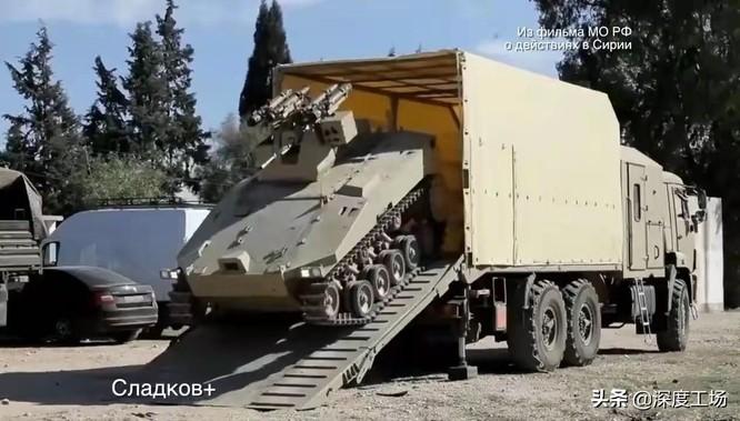 Lộ hình ảnh các chiến binh robot của Nga tiêu diệt lực lượng phản loạn Syria trên chiến trường ảnh 4