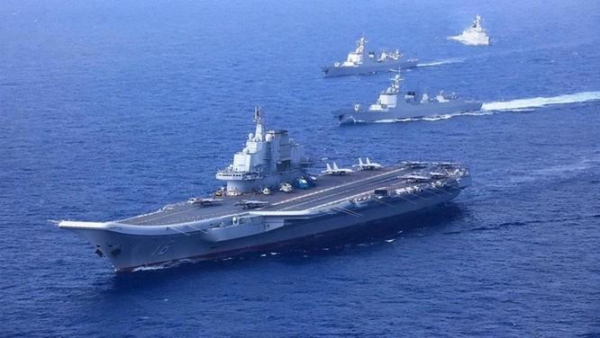 Tàu sân bay Anh Queen Elizabeth tới Biển Đông, Trung Quốc lớn tiếng đe dọa bắt chước Nga tấn công ảnh 1
