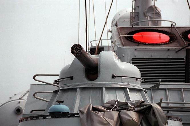 Trung Quốc khoe thử thành công pháo bắn nhanh 20 nòng có thể đánh chặn mọi tên lửa, kể cả siêu âm ảnh 4