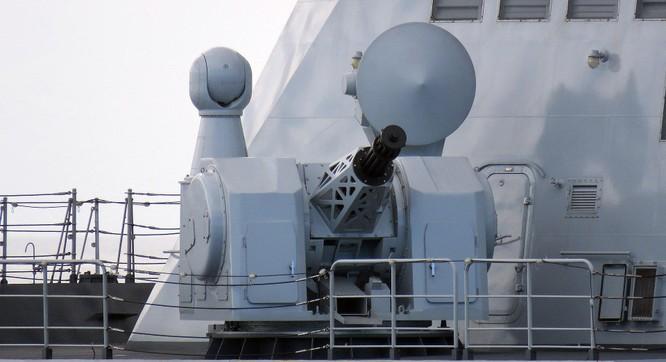 Trung Quốc khoe thử thành công pháo bắn nhanh 20 nòng có thể đánh chặn mọi tên lửa, kể cả siêu âm ảnh 3