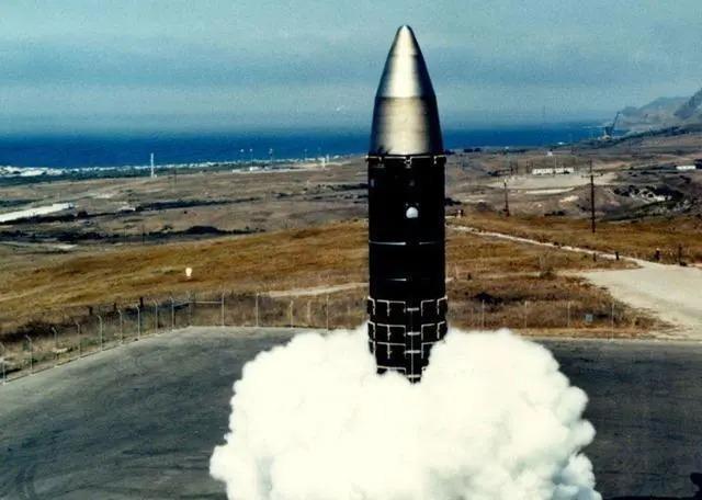 Mỹ phóng thử tên lửa liên lục địa nhằm răn đe hạt nhân với Trung Quốc và Nga? ảnh 2