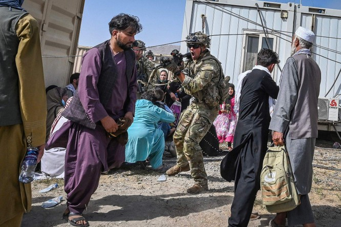 Ngoại trưởng Mỹ trao đổi gì với Trung Quốc, Nga và các nước về sự biến đổi tình hình Afghanistan? ảnh 4