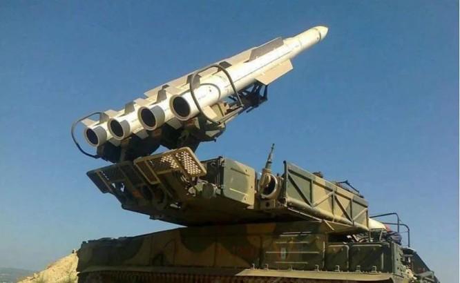 Lần đầu tiên phòng không Syria đánh chặn thành công 22 trong số 24 tên lửa của Israel ảnh 2