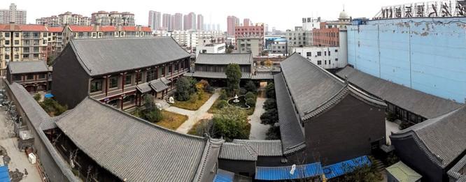 Những tù nhân đặc biệt nhà tù Tần Thành (Kỳ 3): Cốc Tuấn Sơn dâng con gái cho cấp trên để tiến thân ảnh 5