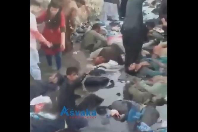 Số nạn nhân trong vụ đánh bom khủng bố ở Kabul đã lên tới 261 người ảnh 2