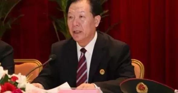Những tù nhân đặc biệt ở Tần Thành (Kỳ 6): Quách Bá Hùng, vợ thu tiền, chồng bán chức ảnh 3