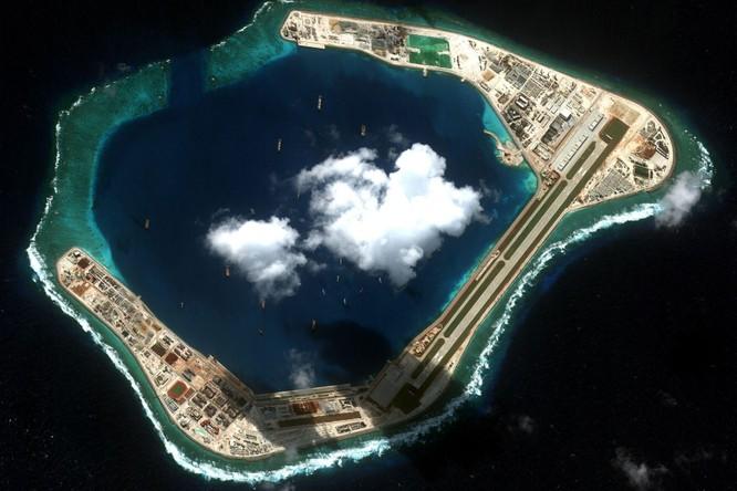 Trung Quốc tập trận chống ngầm ở Trường Sa và thách thức từ việc họ áp dụng Luật giao thông biển mới ảnh 1