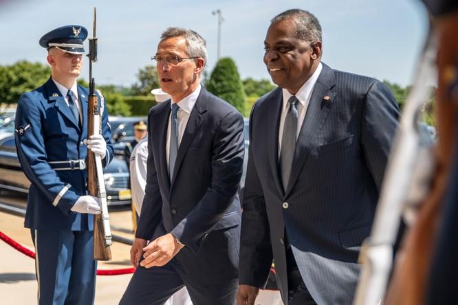 Liên minh châu Âu muốn thành lập quân đội riêng, Tổng thư ký NATO kịch liệt phản đối ảnh 2
