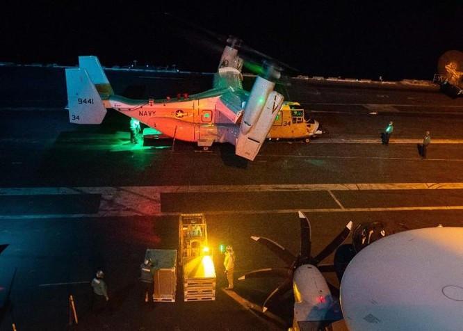 Thách thức quy định mới của Trung Quốc, Mỹ cho tàu chiến vào vùng bên trong 12 hải lý đảo nhân tạo ảnh 5