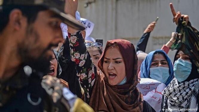 Chính phủ mới của Afghanistan: Toàn bộ là thành viên Taliban và không có phụ nữ ảnh 6