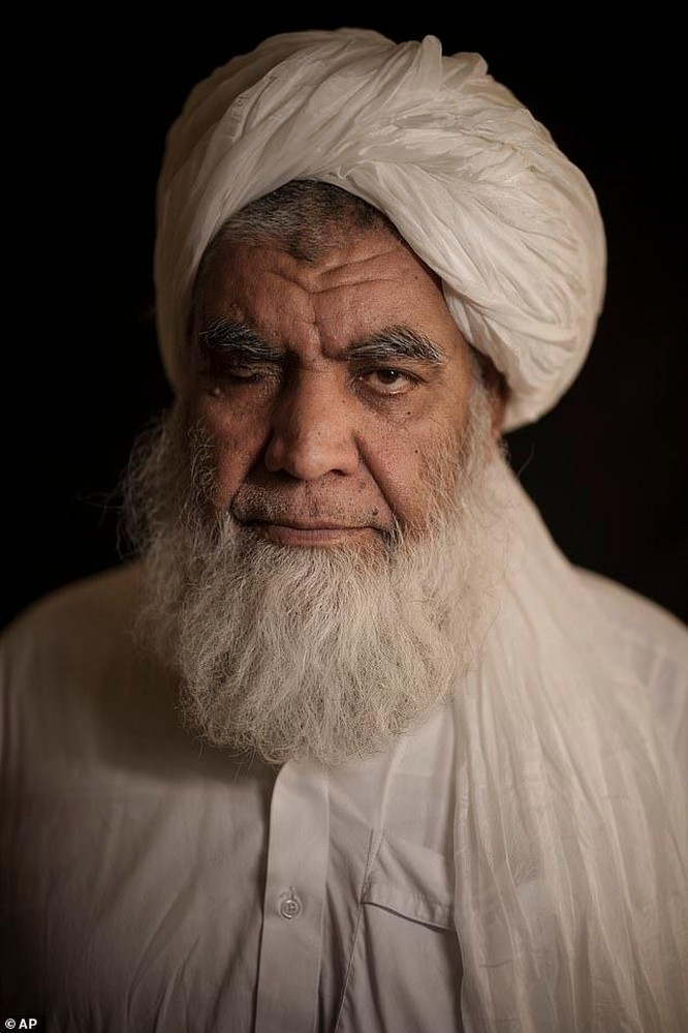 Taliban tuyên bố sẽ khôi phục các hình phạt hành quyết và chặt chân, tay phạm nhân ảnh 1