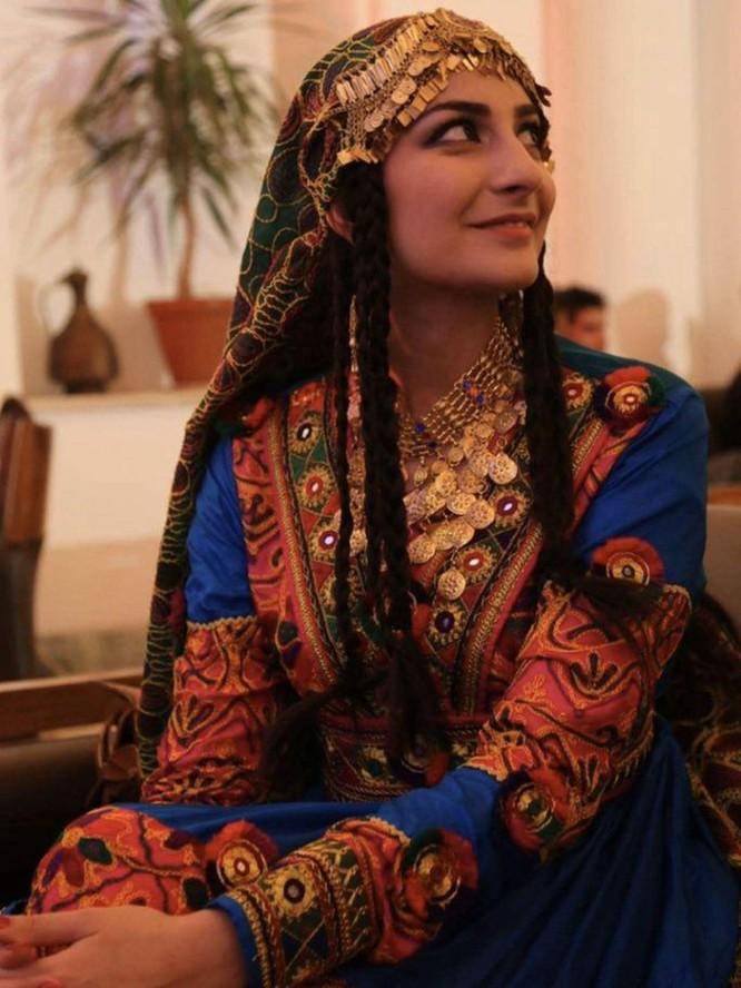 Treo cổ, chặt tay, cấm cắt tóc cạo râu...Taliban đang quay trở lại bản chất thật ở Afghanistan ảnh 3