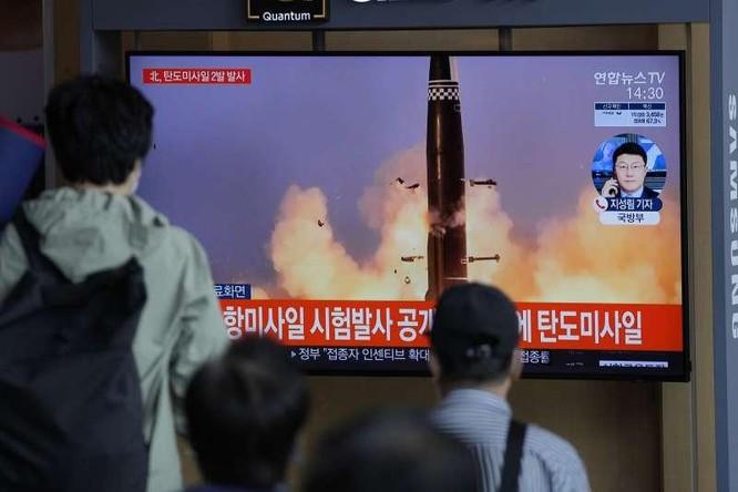 Triều Tiên bất ngờ tuyên bố thử thành công tên lửa siêu thanh ảnh 1