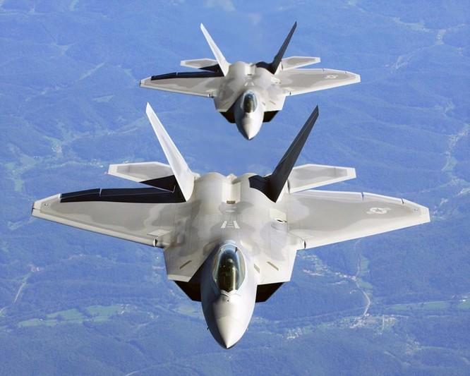 Truyền thông Trung Quốc đánh giá J-20 sánh ngang F-22, Mỹ nói chỉ như F-117A ảnh 3