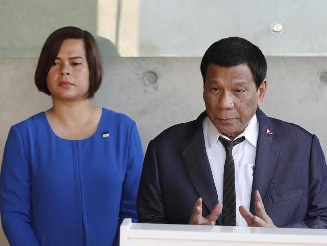 Ông Duterte rút lui, cho con gái ra tranh cử tổng thống Philippines để bảo vệ cha? ảnh 2