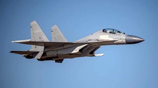4 ngày, Trung Quốc cho 149 máy bay quân sự áp sát Đài Loan, quan chức Trung – Mỹ đấu khẩu gay gắt ảnh 2